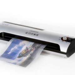 Niestadt-Fotografie-Schoonhoven-productfotografie-voor-webshop-lamineermachine-Acropaq-voor-Discount-Office-1
