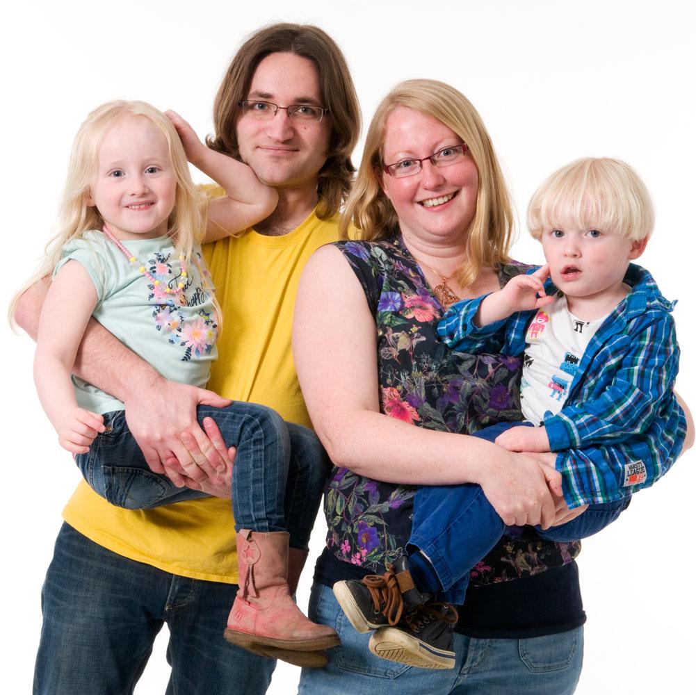 Niestadt-fotografie-Schoonhoven-studio-shoot-van-een-gezin-met-twee-kinderen