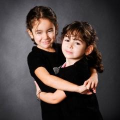 Niestadt-fotografie-Schoonhoven-studio-shoot-twee-zusjes