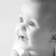 Niestadt-fotografie-Schoonhoven-studio-shoot-van-een-baby